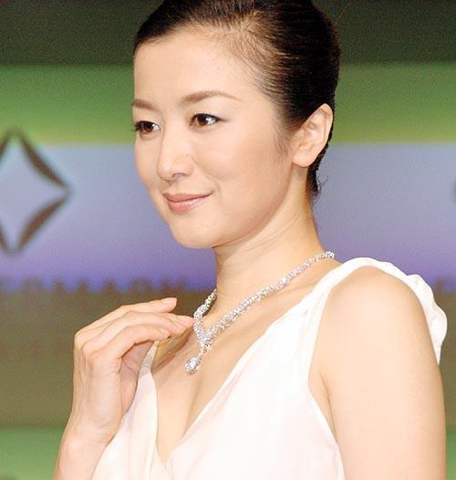 ネックレス 鈴木京香